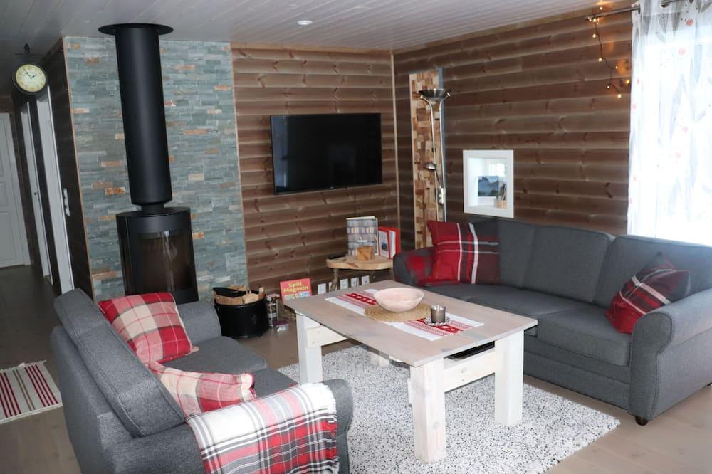 Cabin, 4 Bedrooms - Living Area