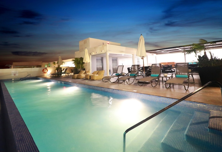 Holiday Inn Express And Suites Playa Del Carmen, Playa del Carmen, Bazén
