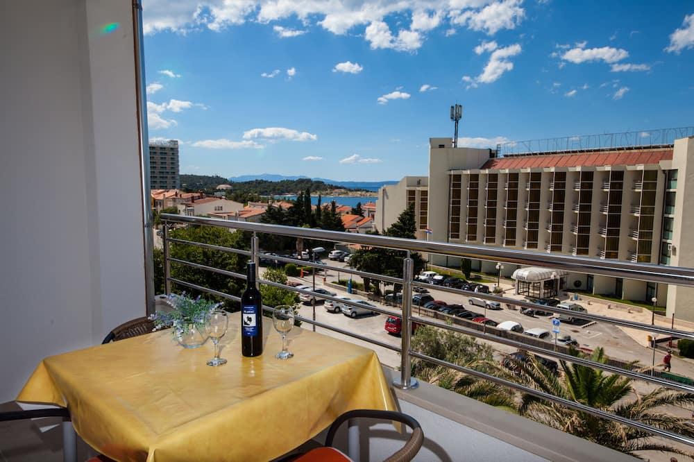 Condominio, 2 habitaciones, cocina, con vista al mar - Balcón