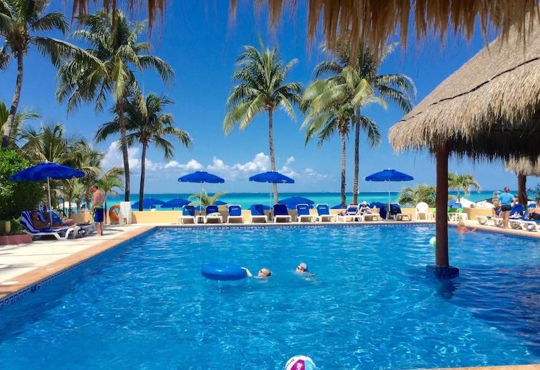 Nautibeach - Two Bedroom Suite 1, Isla Mujeres, Huoneisto, Uima-allas