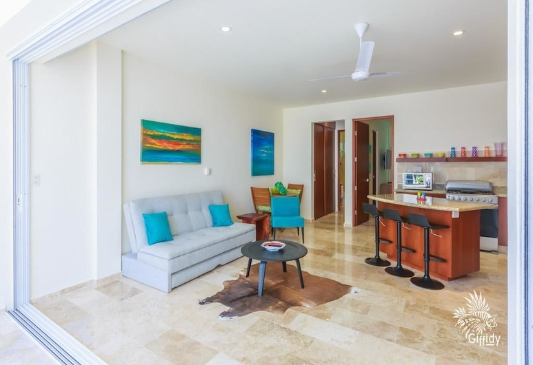 Estrella Del Mar One Bedroom 003, Isla Mujeres, Daire, Oturma Odası