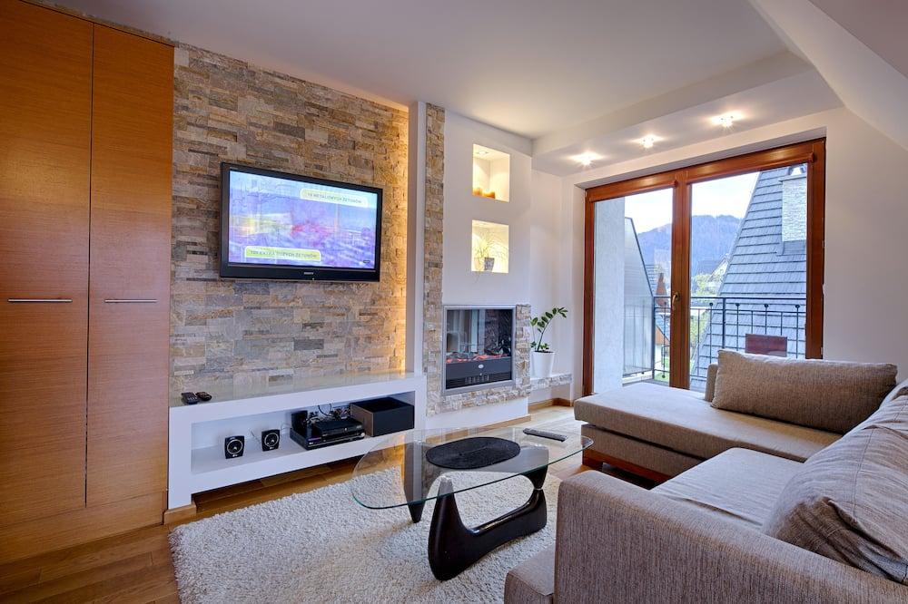 Comfort Apartment, 2 Bedrooms, Non Smoking, Balcony - Living Area