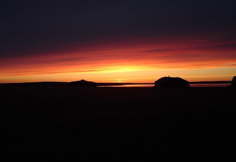 Kiðagil Guesthouse, Laugar, Beach