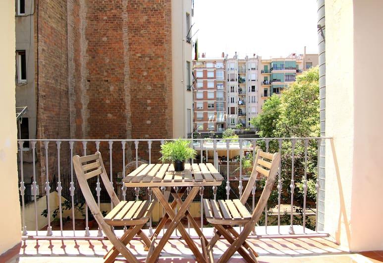 Classbedroom Apartments Girona, Barcelona