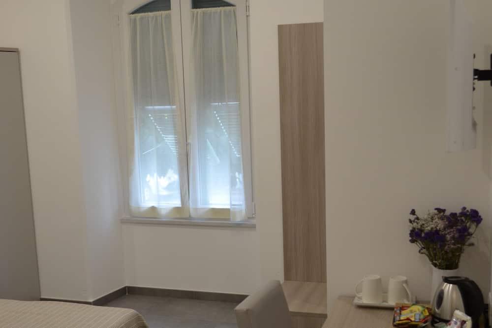 חדר דה-לוקס זוגי, מיטת קווין, חדר רחצה פרטי - חדר אורחים