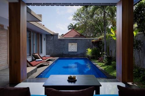 Book Freddies Villas Ubud In Sukawati Hotels Com
