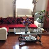 Triple Room - Living Room