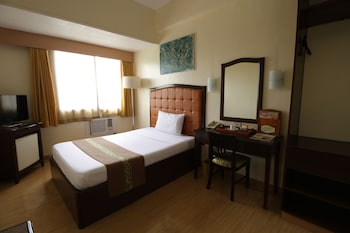 Iloilo bölgesindeki EON Centennial Plaza Hotel resmi