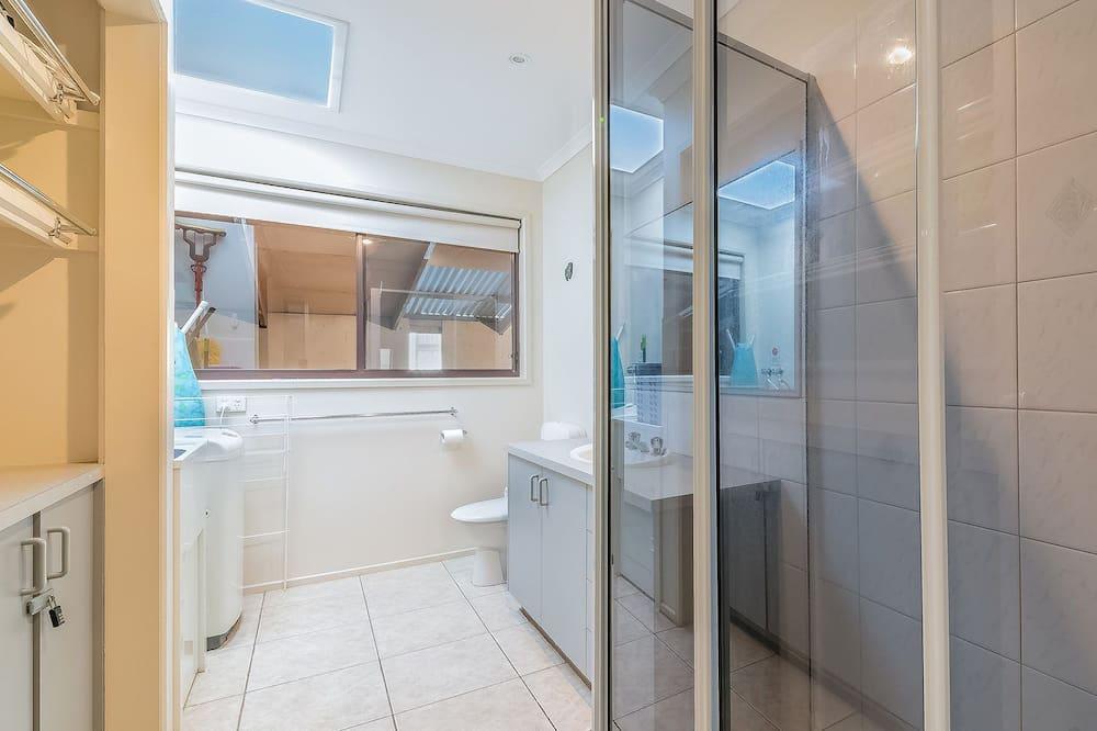 Будинок, 3 спальні - Ванна кімната