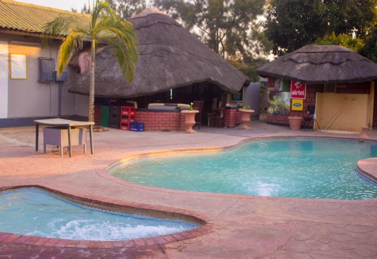 Wasingo Guest Inn, Lusaka, Outdoor Pool