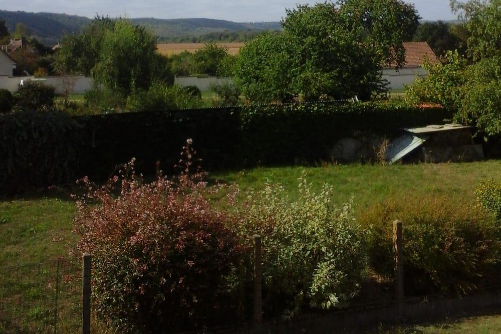 Dreibettzimmer (Val de Seine) - Blick aufs Tal