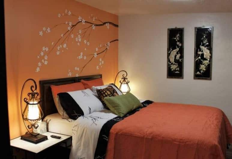 Nampa's Asian Nest by Short Term Stays, Nampa