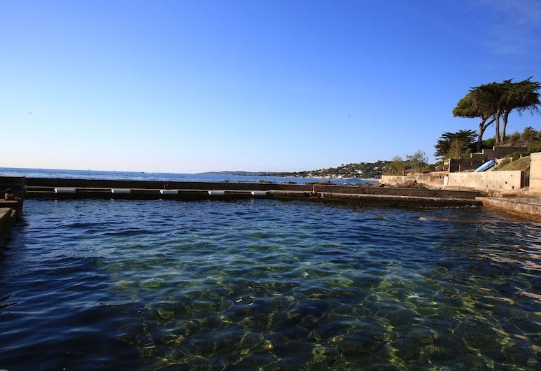 Chambres d'hôtes pieds dans l'eau, Sainte-Maxime, View from Hotel