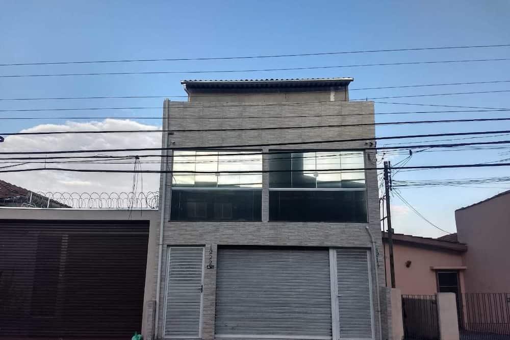 Republica Mazzei, Sao Paulo