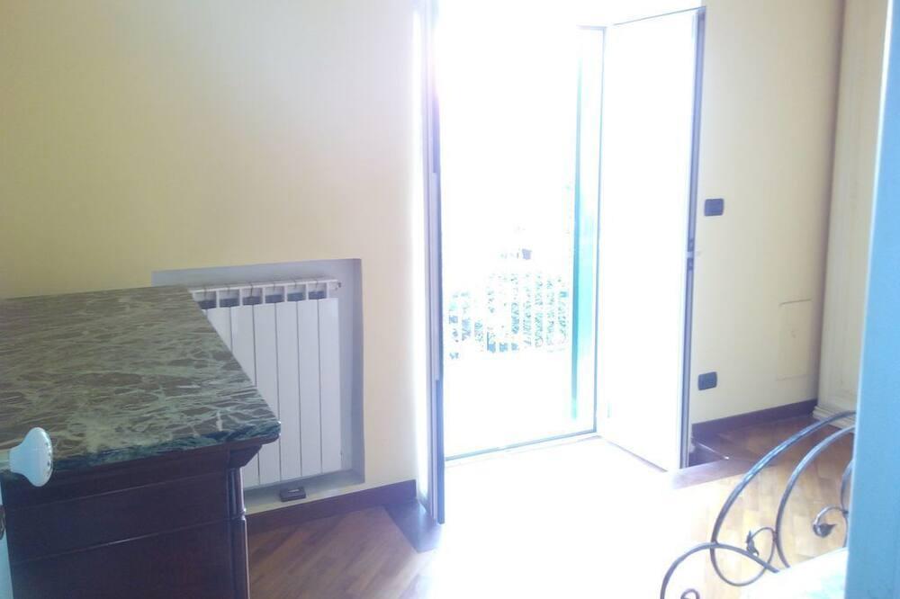 Міські апартаменти, 1 ліжко «квін-сайз», з видом на море - Номер