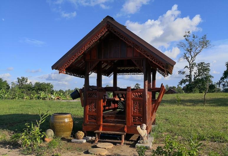 Pumaka Resort, Nong Hong, Hage