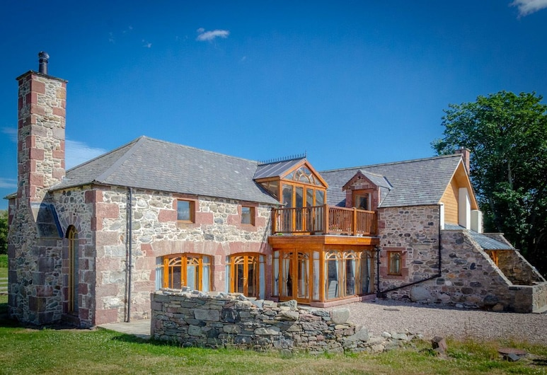 Castleview - Newton Steading, Kirriemuir, Front of property