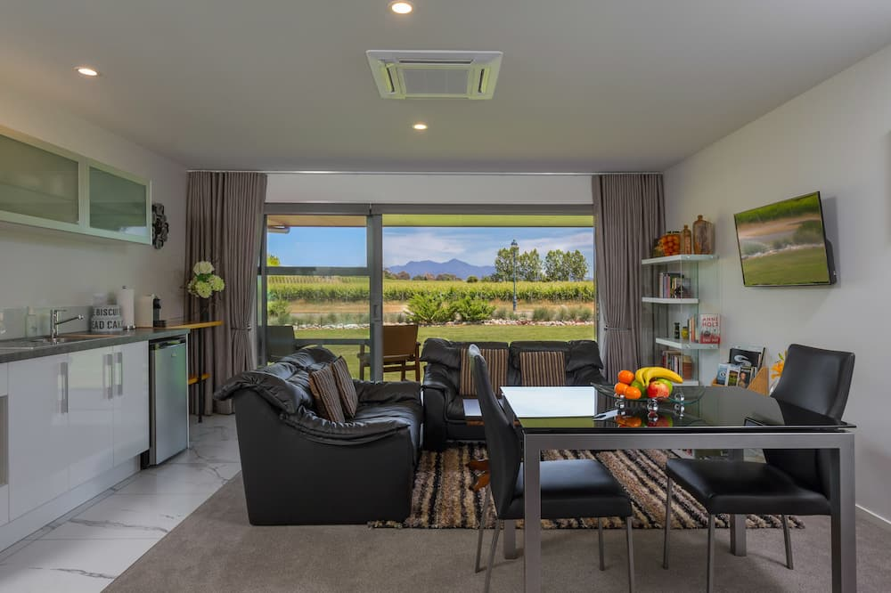 Suite Deluks, 2 kamar tidur, non-smoking - Area Keluarga