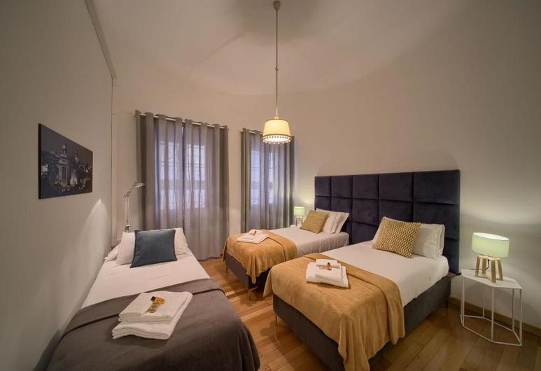 Domus Del Corso Flaminio  , Roma, Camera Tripla Economy con bagno priivato esterno, Camera