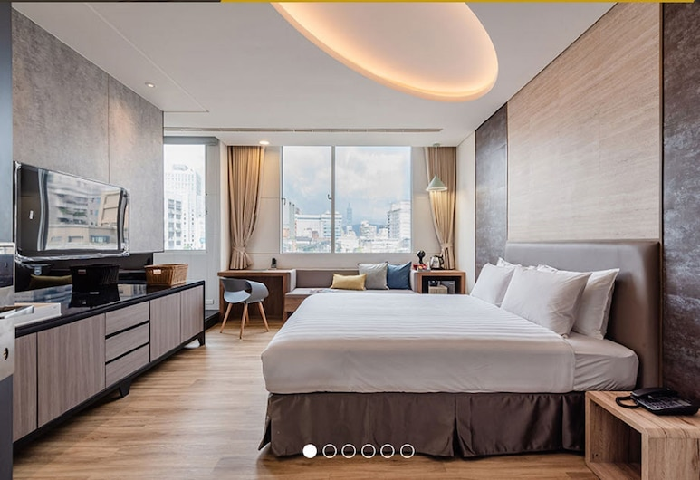 Wowhappy-Taipei, Taipei, Luxury Double Room, Jetted Tub, City View  (Kindly contact hotel if extra bed is required), Guest Room View