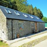 Cosy Cottage plus free Shepherd's Hut
