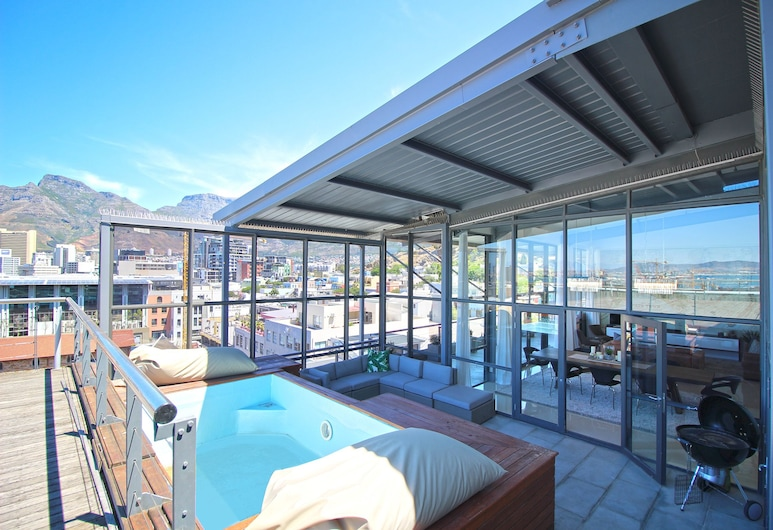 Hillhouse Penthouse 7th Floor, Cape Town, Pool