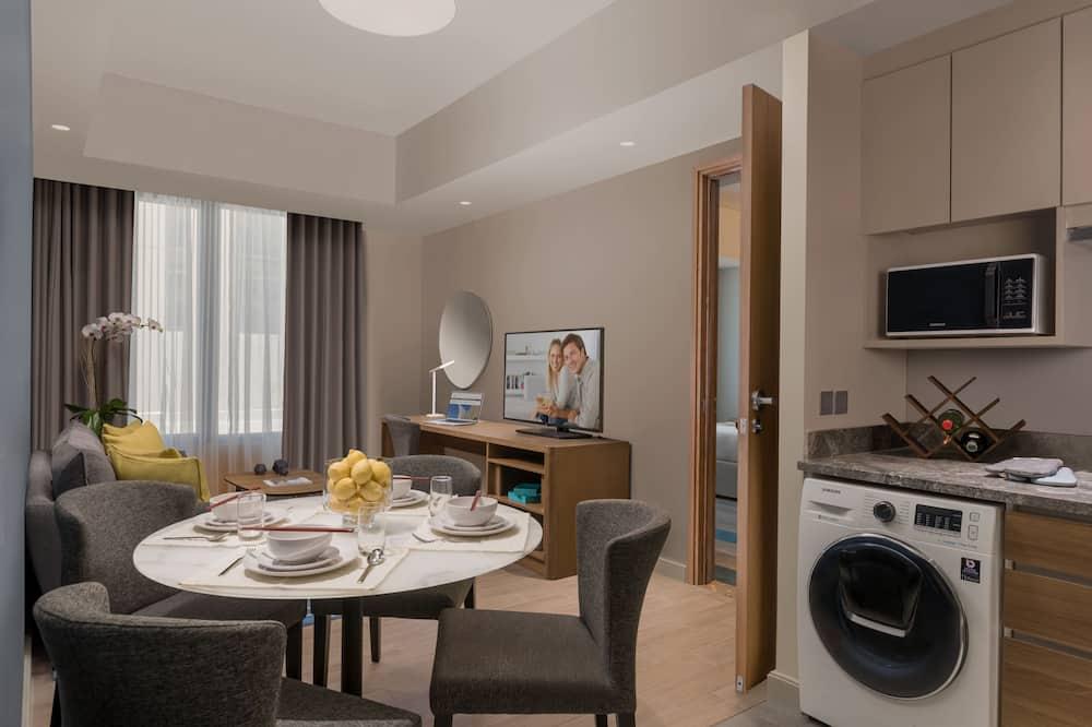 Premier-Zimmer, 1 Schlafzimmer - Essbereich im Zimmer