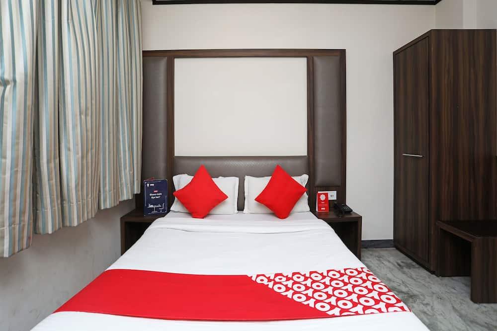 Standard Double or Twin Room, 1 Double Bed, Smoking - Bathroom