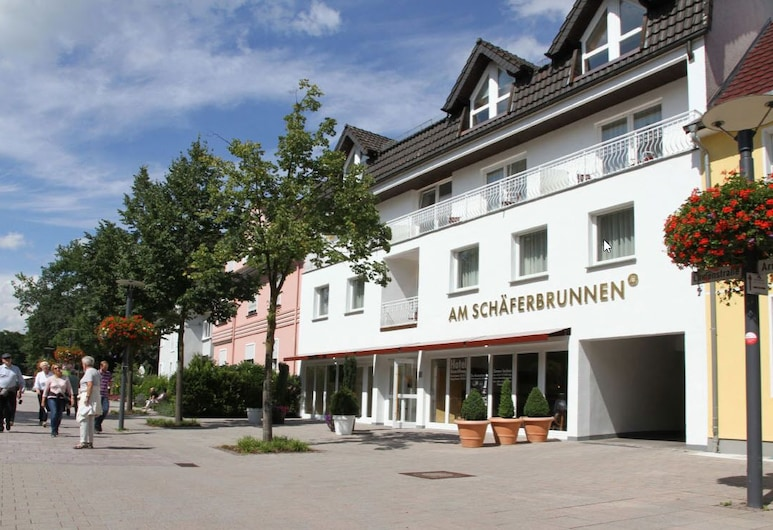 Hotel Schaeferbrunnen, Bad Lippspringe, Hotel Front
