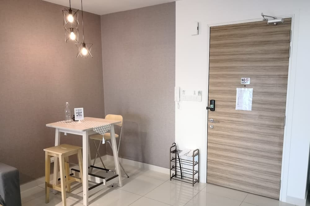 Standaard studio suite, Meerdere bedden, niet-roken - Eetruimte in kamer