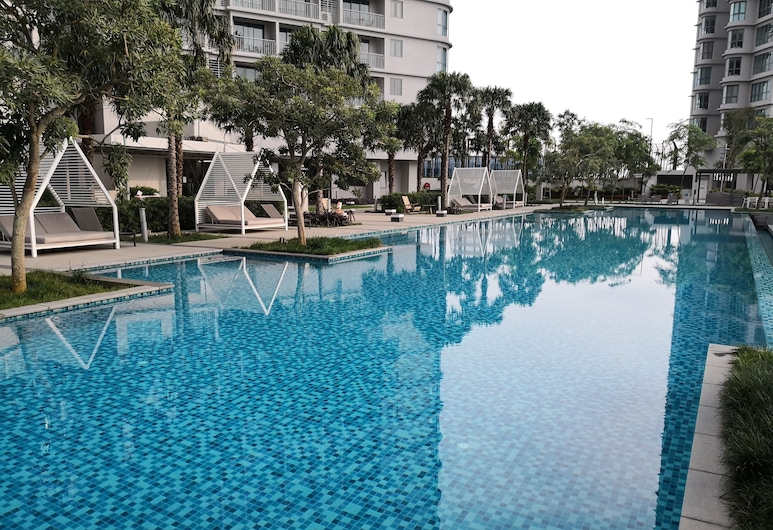 Teega Suites @ PH, Iskandar Puteri, Outdoor Pool
