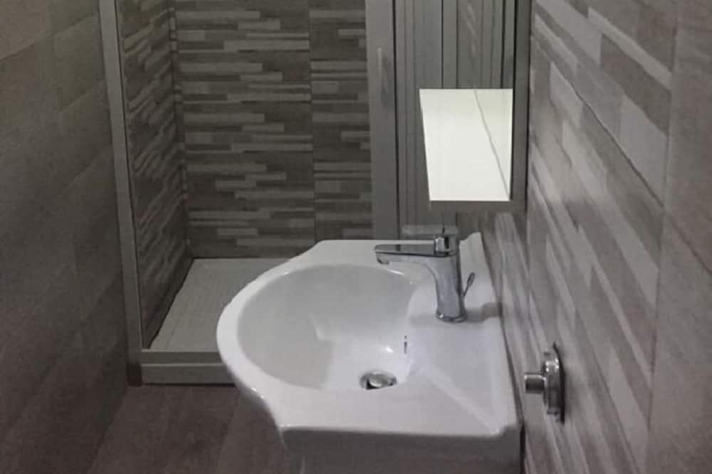 Căn hộ dành cho gia đình, Bếp nhỏ - Phòng tắm