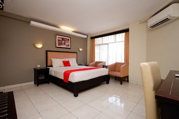 A(z) RedDoorz Plus @ Singosari Raya hotel fényképe itt: Semarang