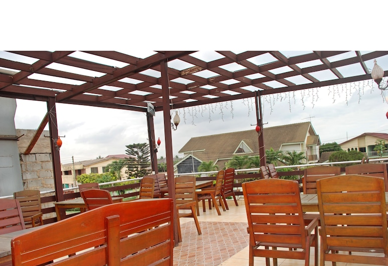 Afrikiko Turkish Restaurant & Guesthouse, Accra, Terrace/Patio