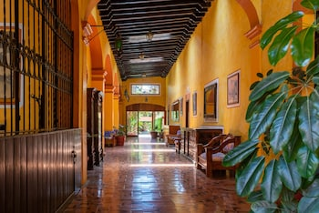 Enter your dates for special Tequisquiapan last minute prices