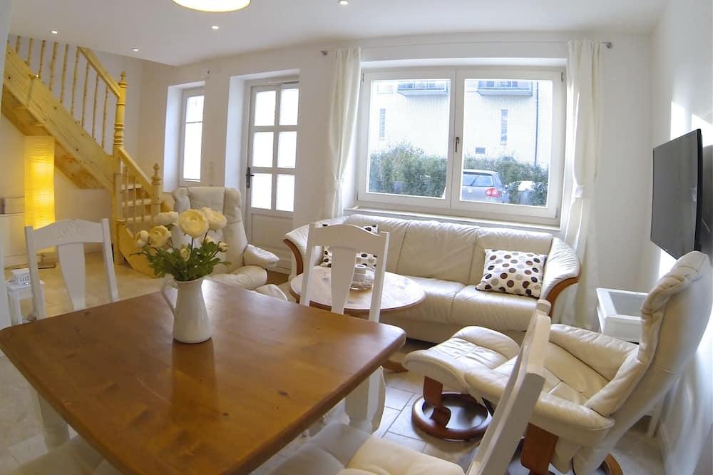 公寓, 2 間臥室 (Backboord Including Cleaning Fee 99€) - 客廳