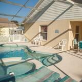 Rodinná vila, vírivka, s výhľadom do záhrady - Vonkajší bazén