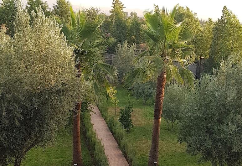 Villa of a Thousand and One Nights, Sidi Abdallah Ghiat, Bassein