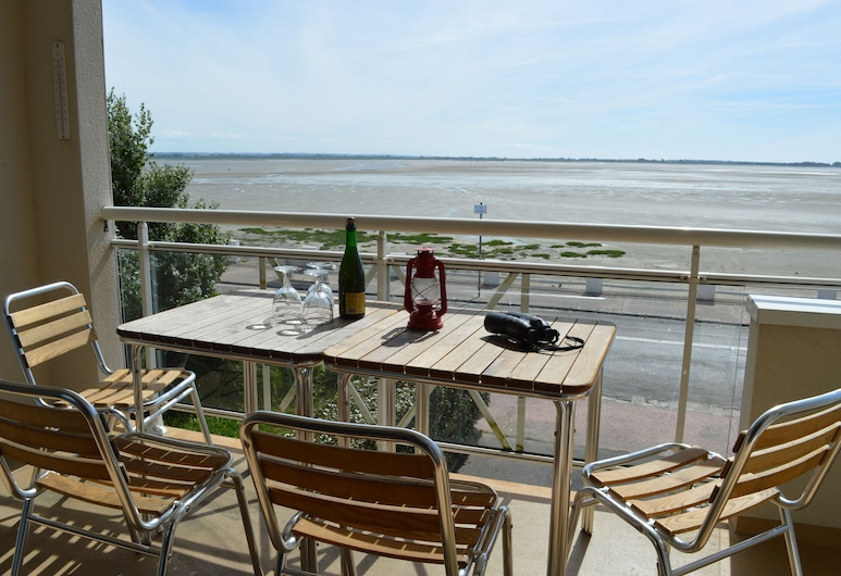 Appartement T3 à la Décoration Soignée, Avec vue Dégagée sur la Baie, Le Crotoy, Balcon