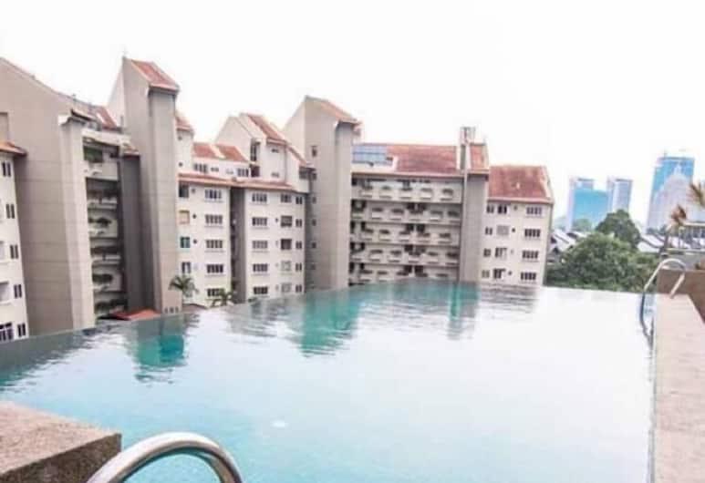 半島住宅飯店, 吉隆坡, 無邊際泳池