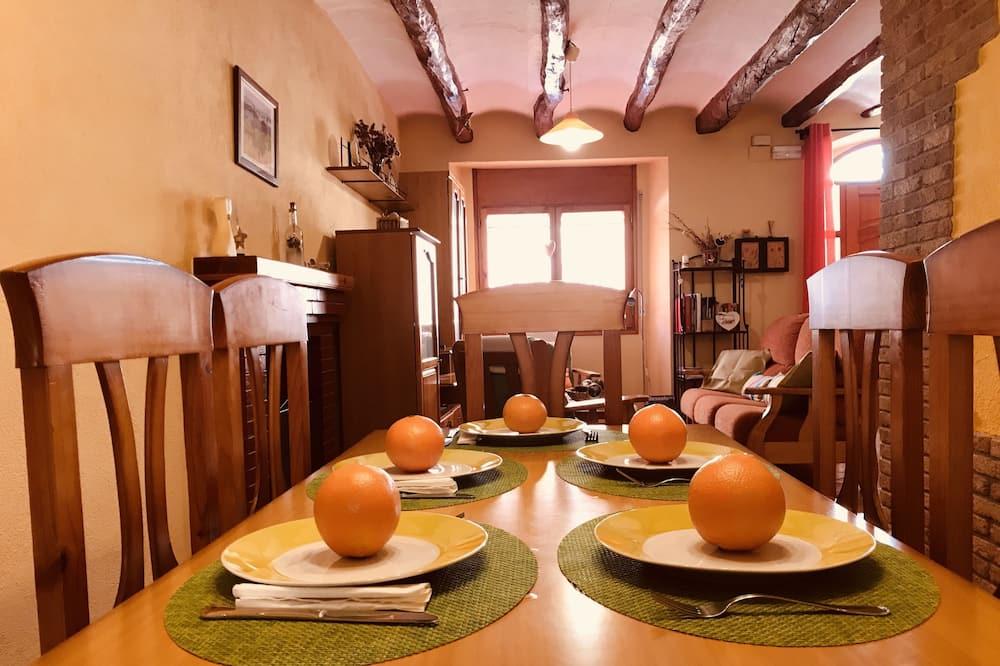 Perhetalo, 3 makuuhuonetta - Ruokailu omassa huoneessa