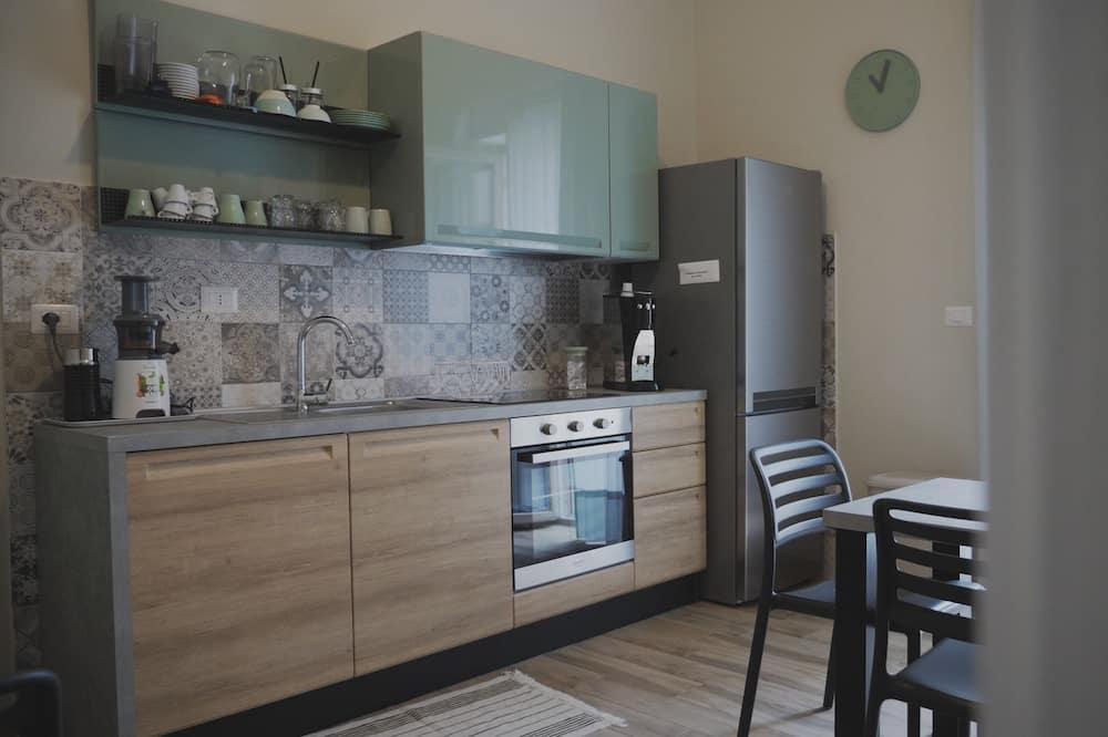 Comfort Tek Büyük Yataklı Oda - Ortak mutfak