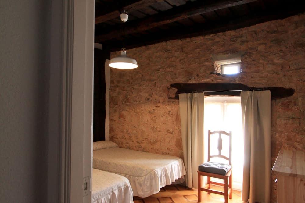 Nhà, 2 phòng ngủ, Quang cảnh núi - Phòng