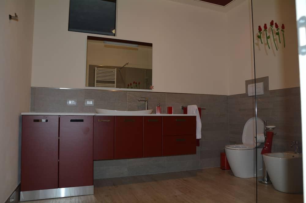 Двухместный номер с 1 двуспальной кроватью, общая ванная комната (External) - Ванная комната
