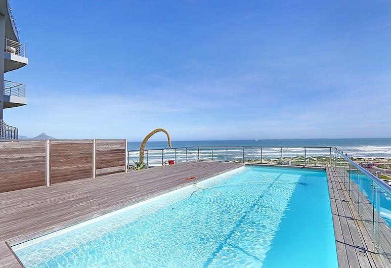 Horizon Bay 1201, Cape Town, Outdoor Pool