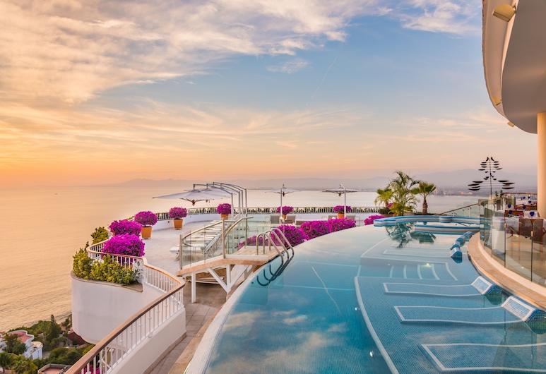Residences by Grand Miramar, Puerto Vallarta, Outdoor Pool