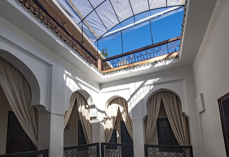 Riad Dar Merzouga, Marrakech, Salón en el lobby
