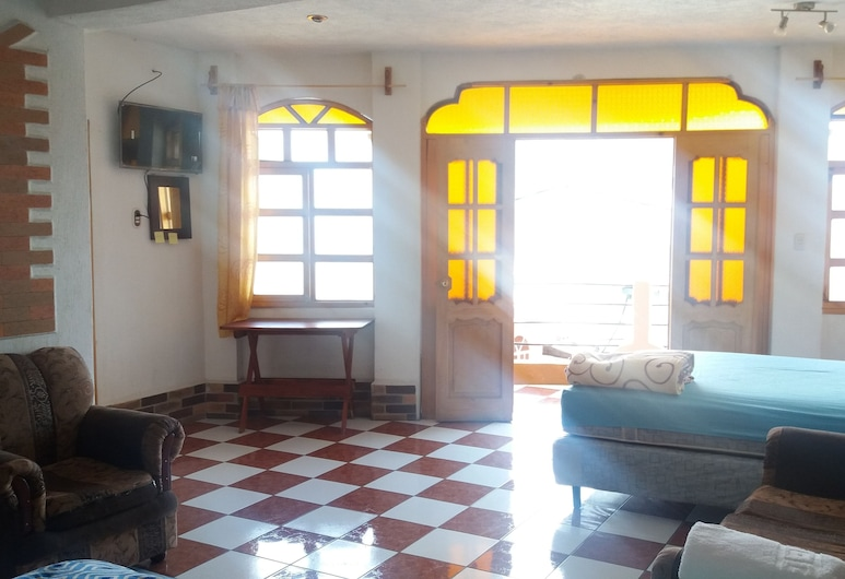 Hotel Don Chema, San Pedro La Laguna, Classic Double Room, 2 Double Beds, Smoking, Guest Room