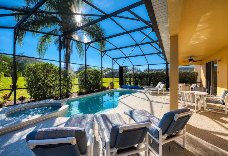Emerald Island Rentals, Kissimmee, Simba's Magic, 7 Bedroom Villa With Private Pool, Room