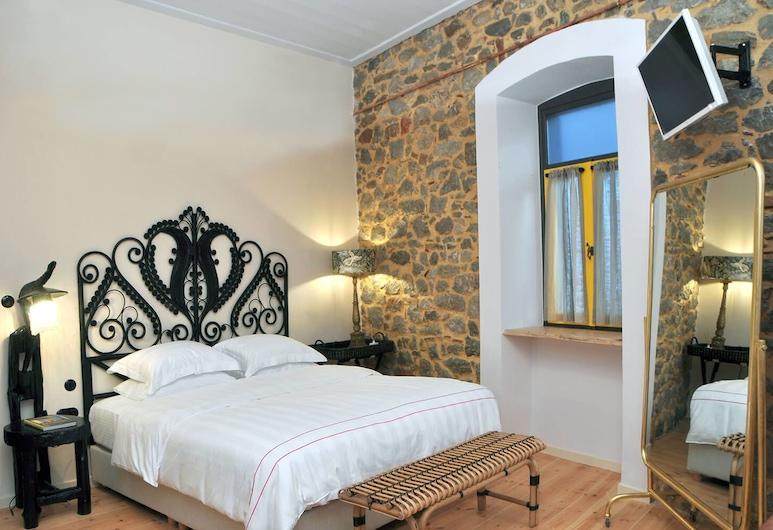 Leone Guesthouse, Nafplio, Dvojlôžková izba typu Deluxe, 1 extra veľké dvojlôžko, Hosťovská izba